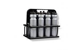 Бутылки для воды, корзины